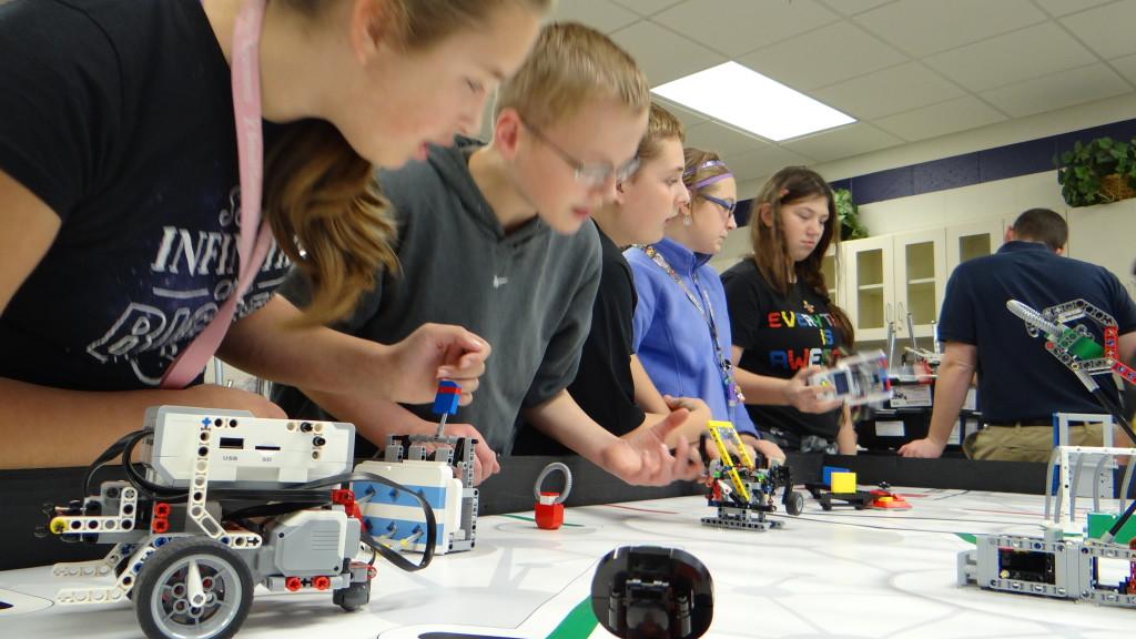 Robotik Kodlamanın STEM Öğrenimini Artırabileceği 5 yol